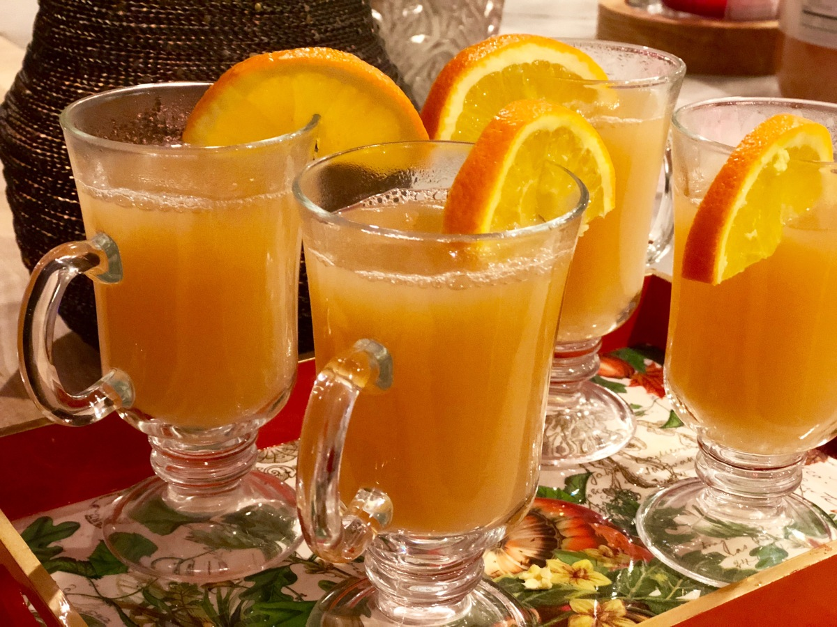 Warm Apple Ginger Cider