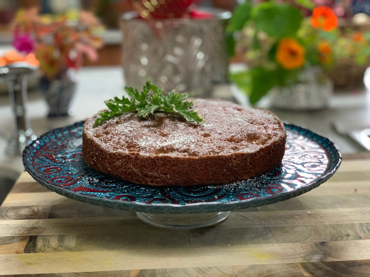 Carrot Apple Spice Cake